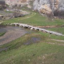 Río Talegones a su paso por Torrevicente